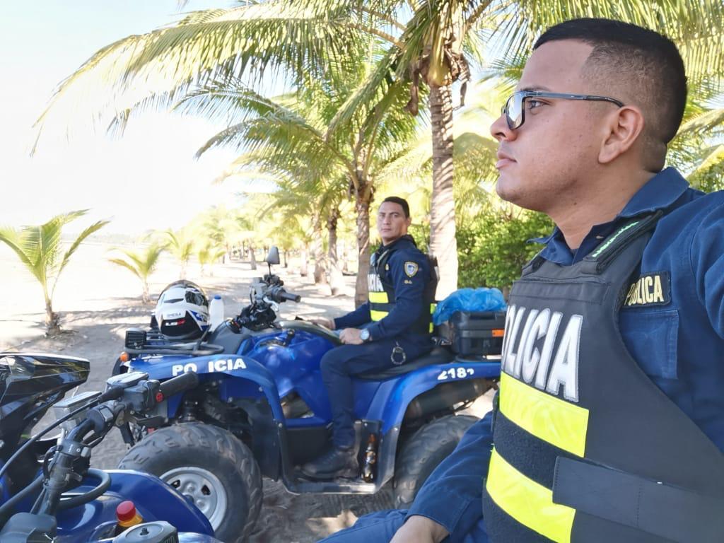 Photo of Fuerza Pública intensifica recorridos en las playas