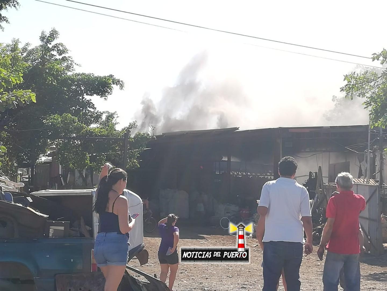 Photo of Bomberos atiende incendio en Chatarrera