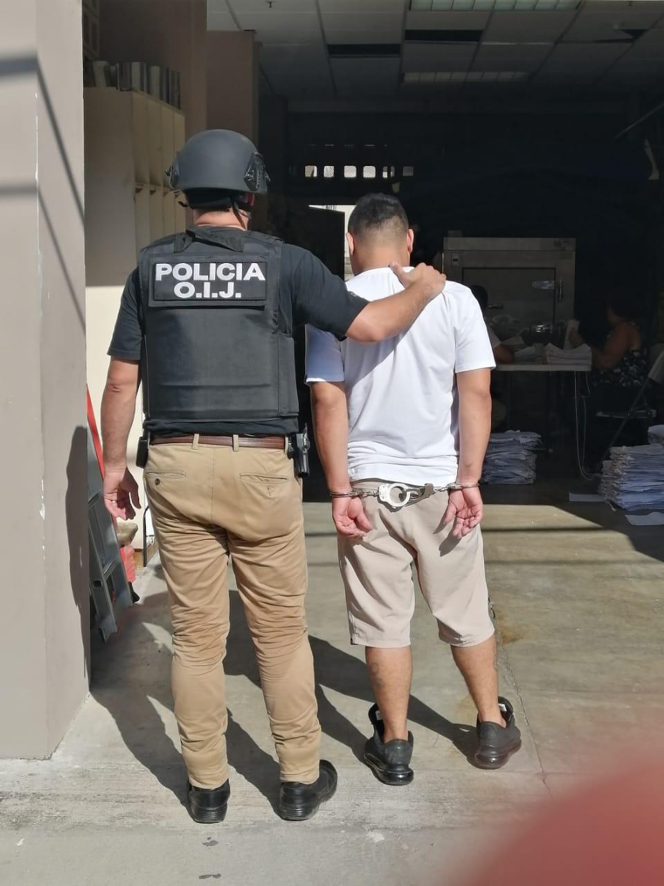 Photo of Detenido sujeto por quien pesaba orden de captura para descontar