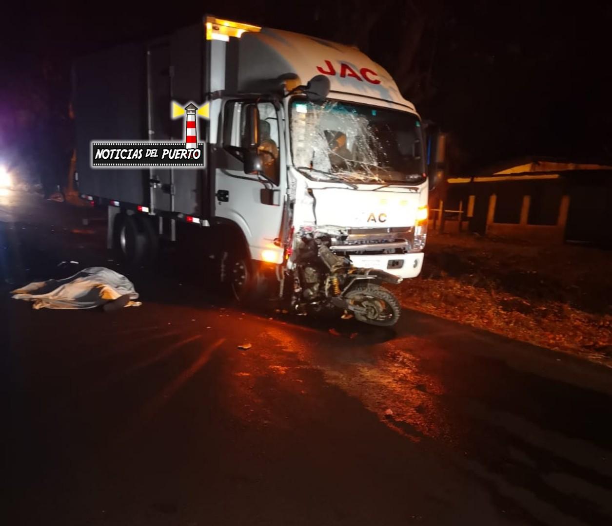 Photo of Colisión en Chomes deja un motociclista fallecido