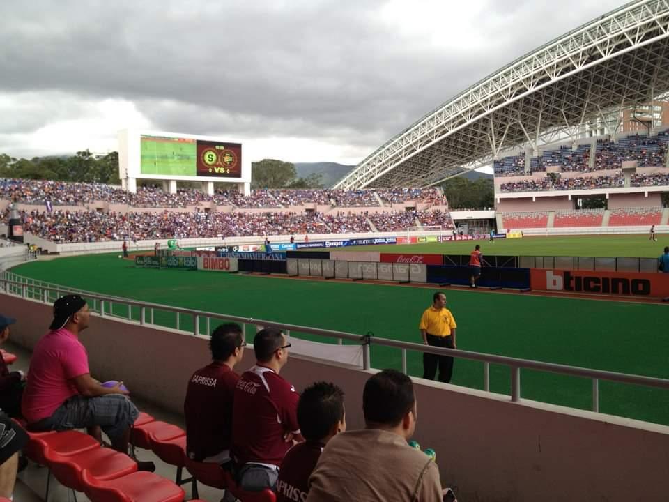 Photo of Partidos de fútbol nacional se realizarán a puertas cerradas